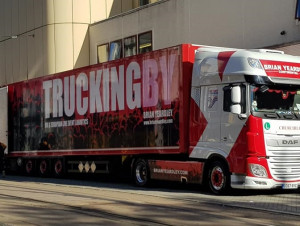 TRUCKINGBY Gig With Those Smart Dressed Men Of Zz Top Across Europe