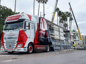 TRUCKINGBY Show Their Versatility Of Equipment